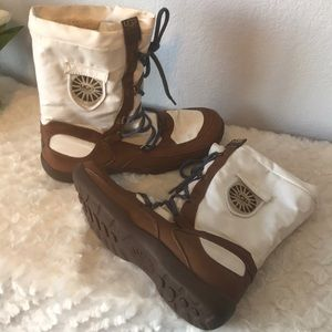 UGG waterproof event boots size 10